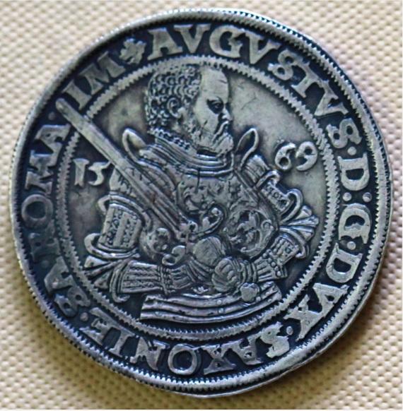 Монета. Курфюст Август, Саксония, Дрезден. 1569.