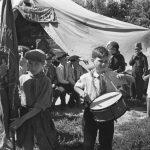 """Евгений Умнов """"Пионерский лагерь в Сталинграде"""" 17 июня 1944"""