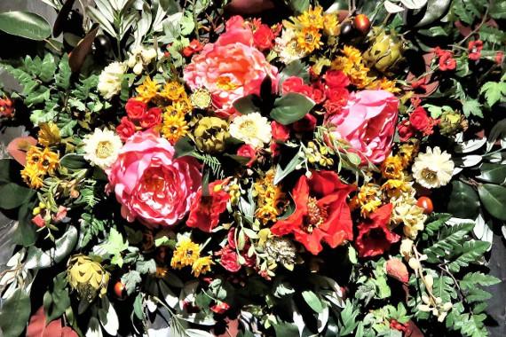"""Выставка """"Ксения Сашина. ЕDEN. Совершенство цветов"""". Центр современного искусства МАРС."""