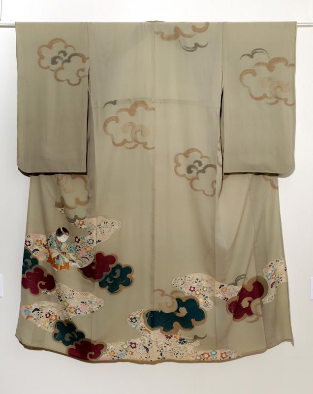 Хитоэ-кимоно с женским персонажем театра Но в танце Эгути