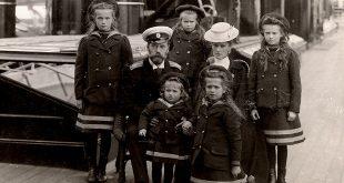 Частная жизнь семьи императора Николая II. Фотографии из личных альбомов.