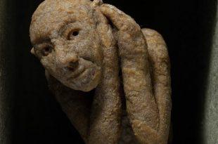 Аукцион современного искусства «Выручай!» в поддержку осужденных за употребление наркотиков.