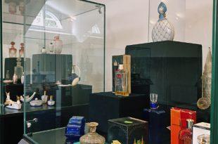 Выставка Флакон в Ярославском художественном музее Музее зарубежного искусства