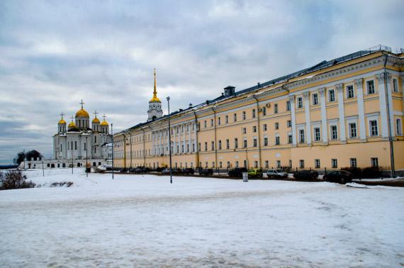 Музейный центр «Палаты» и Успенский собор во Владимире. Представлено: Владимиро-Суздальский музей-заповедник.