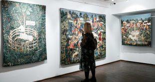 Авторская экскурсия по выставке Кати Исаевой «Музей природы».